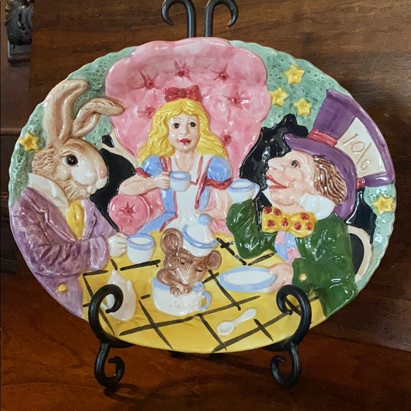 "Fitz and Floyd ""Alice in Wonderland"" Plate"